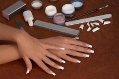 Fingernagel pflegen, Maniküre, Nice Nails und Accessoires